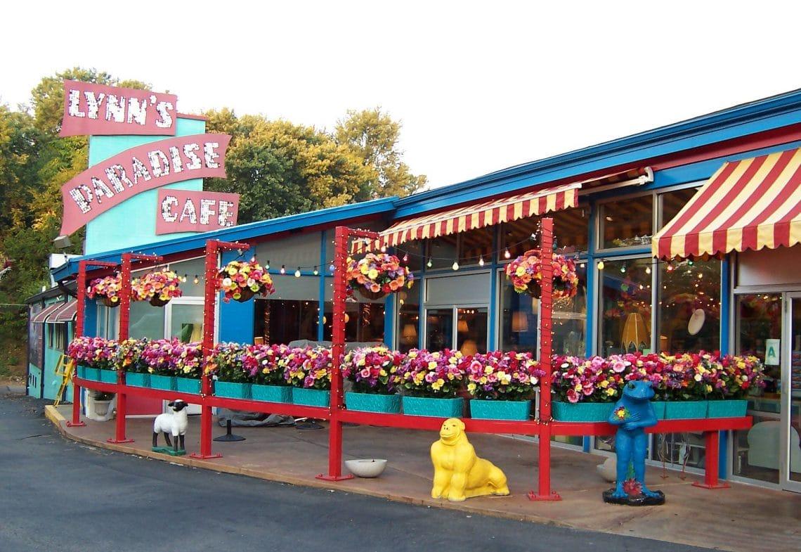 Večera v Lynn´s Paradise Cafe – reštaurácii, ktorá už neexistuje